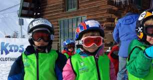 http://rockymountaingetaways.com/special/Kids-Ski-Free-at-Steamboat-Springs